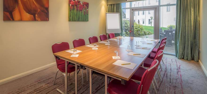 Hilton Garden Inn Luton Airport Meeting Room 1
