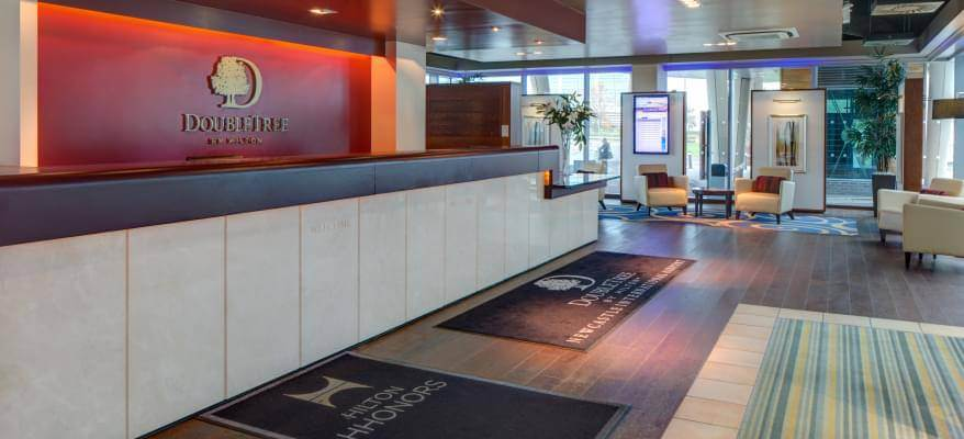 Doubletree By Hilton Newcastle Airport Reception Area
