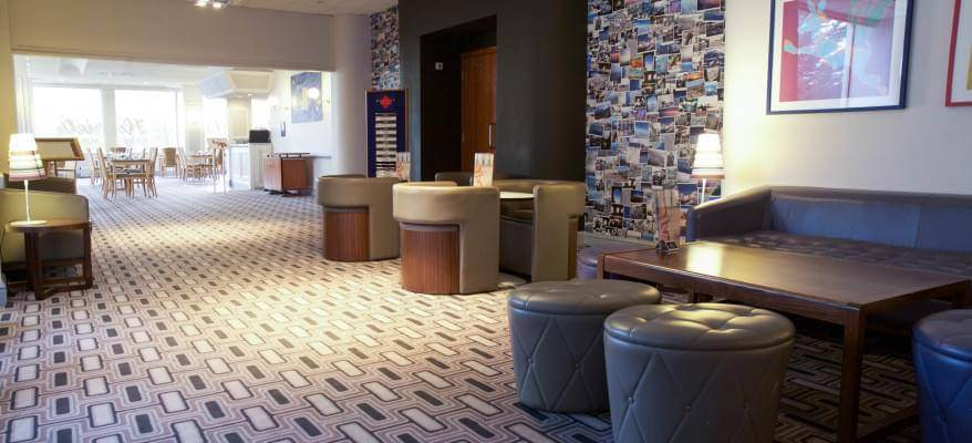 Airport Inn Gatwick Airport Lounge Area