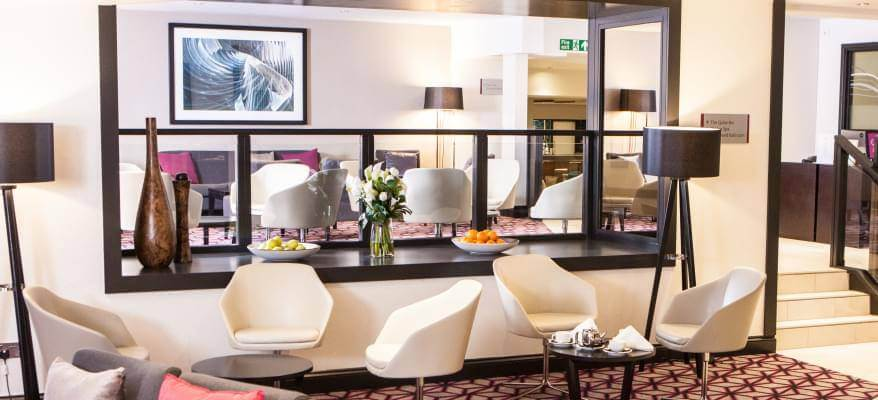 Crowne Plaza Felbridge Hotel Foyer Lounge