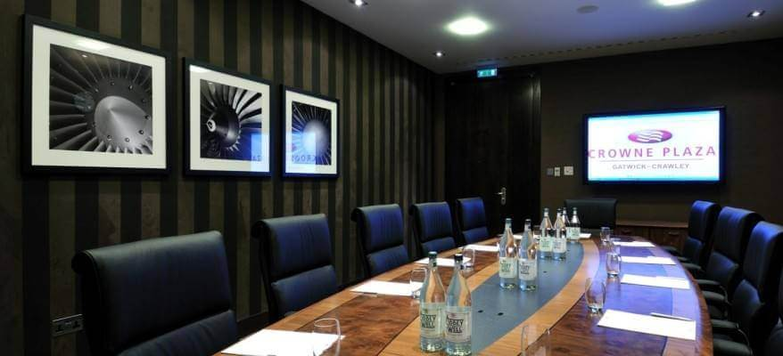 Crowne Plaza London Gatwick Boardroom