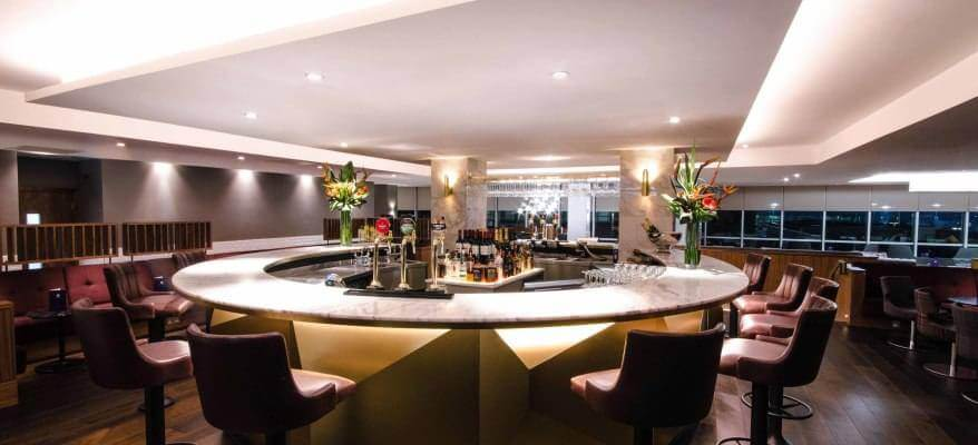 No1 Lounge North Terminal Gatwick Airport bar