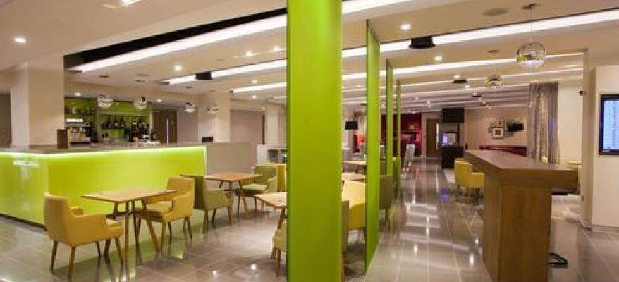 Escape Lounge East Midlands Airport open plan