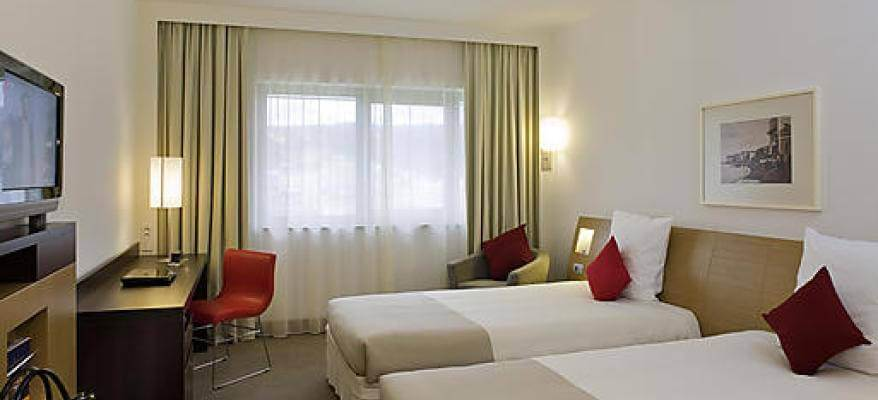 Novotel With Breakfast Birmingham Airport Twinroom