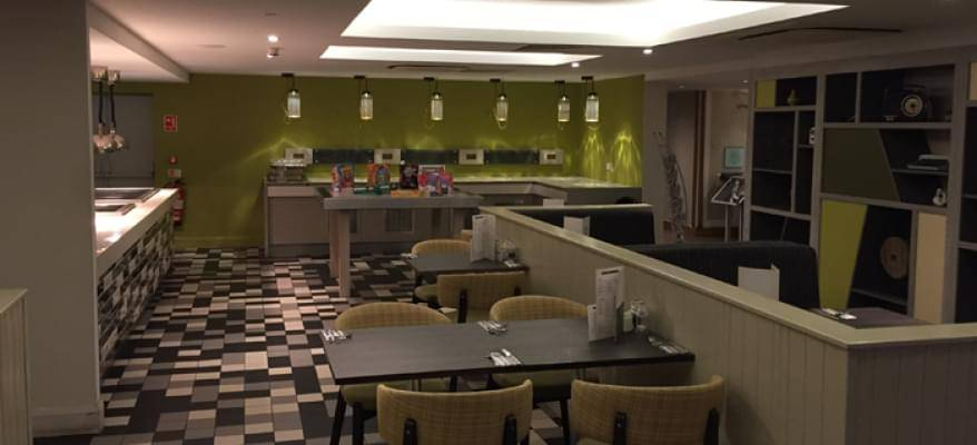 Holiday Inn Luton South M1 J9 Restaurant