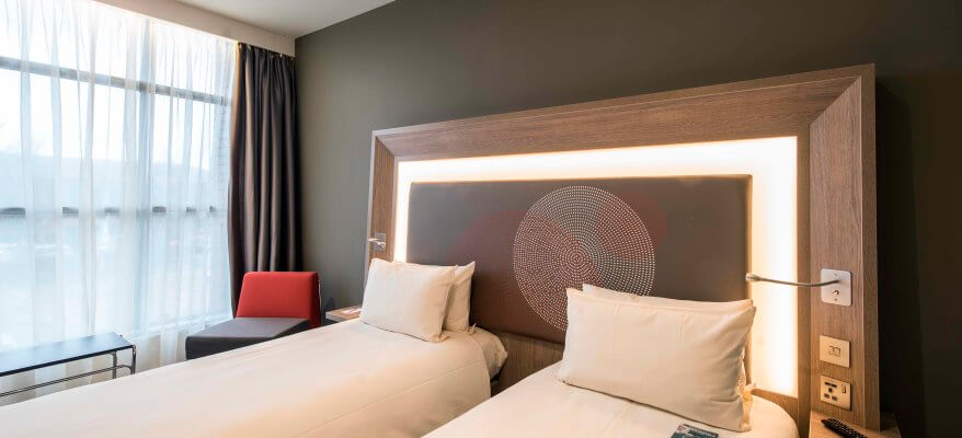 Novotel London Heathrow Airport T1, T2 & T3 Heathrow Airport EDS 1125