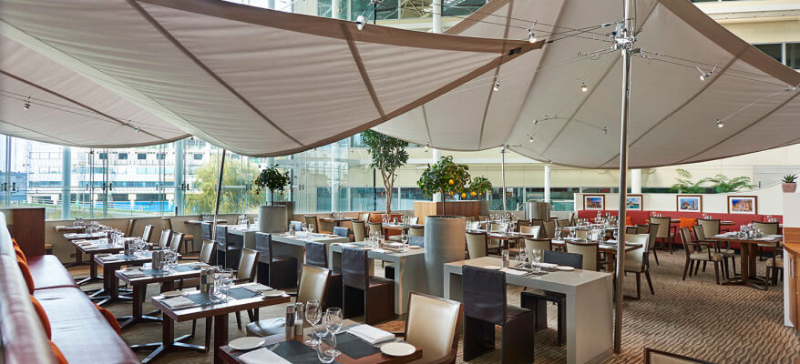Hilton Hotel Heathrow Airport T4 Aromi Restaurant