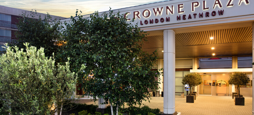Crowne Plaza Hotel Heathrow Airport CP London Heathrow Entrance 1 Low Res