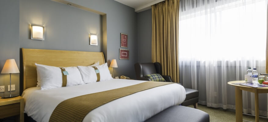 Holiday Inn London Heathrow - Ariel Bedroom 3