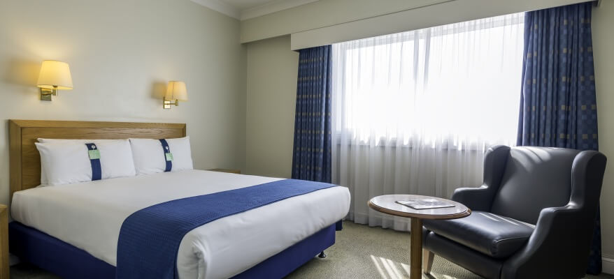 Holiday Inn London Heathrow - Ariel Bedroom 1