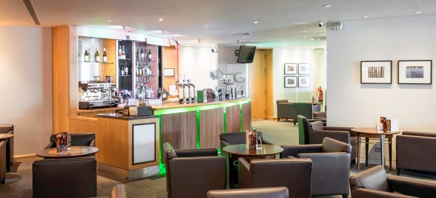 Holiday Inn London Heathrow - Ariel Bar And Lobby