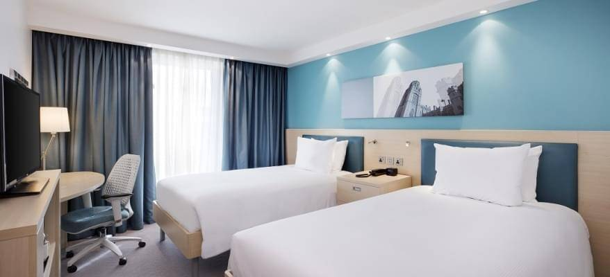 Hampton By Hilton Bristol Airport Twin Room