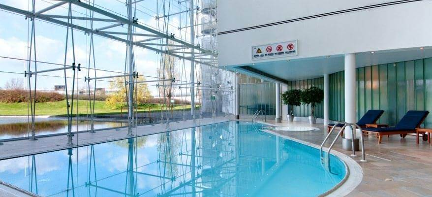 Hilton Heathrow Hotel T4 Pool