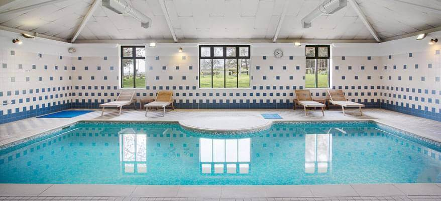 Jurys Inn East Midlands Swimming Pool