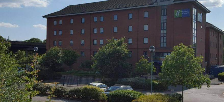 Holiday Inn Express Castle Bromwich Hotel Birmingham Airport Parking