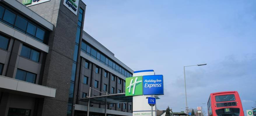 Holiday Inn Express Heathrow Exterior