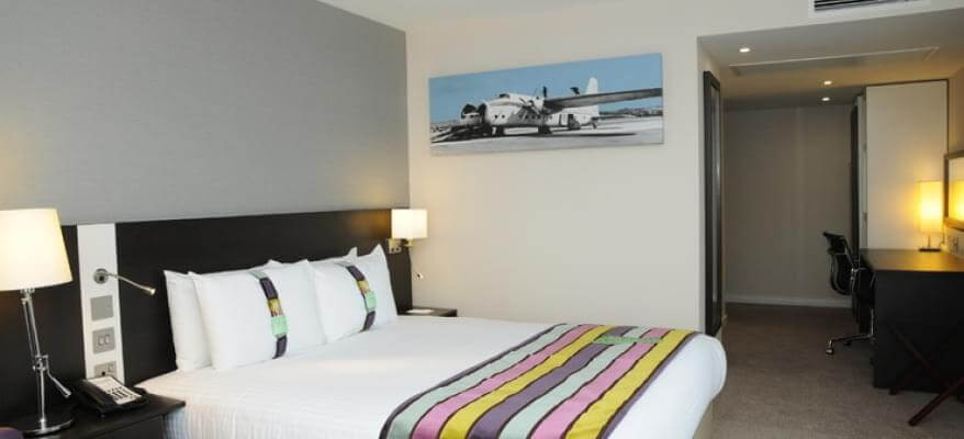 Holiday Inn Southend Airport Executive Room At LSA Holiday Inn 7fe0jpg Cropper 740x440