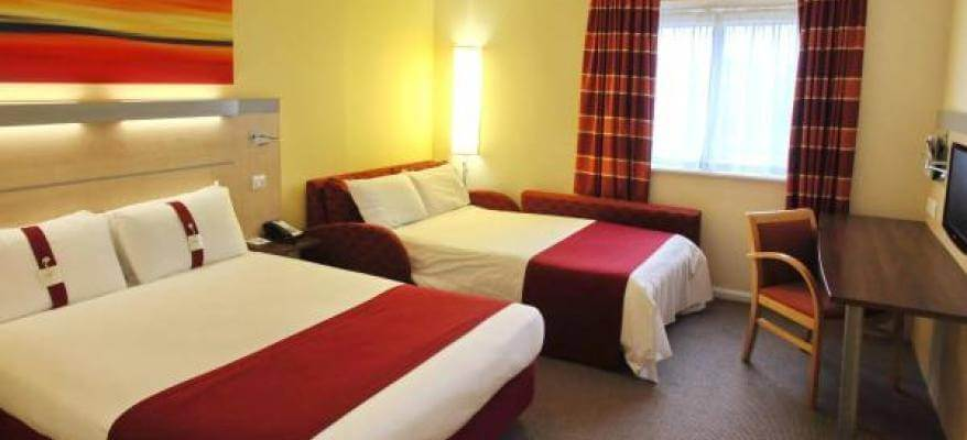 Holiday Inn Express Southampton Airport Familyroom
