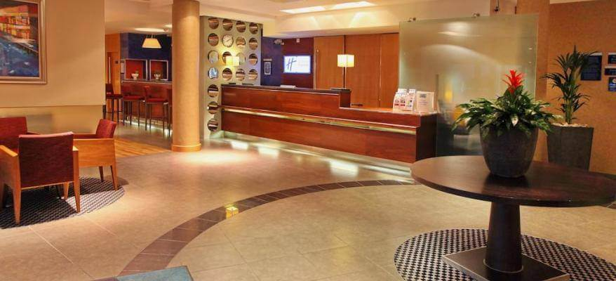 Holiday Inn Express Southampton Airport Reception Lobby