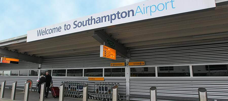 Southampton airport parking hotels guide more southampton airport southampton airport1 m4hsunfo