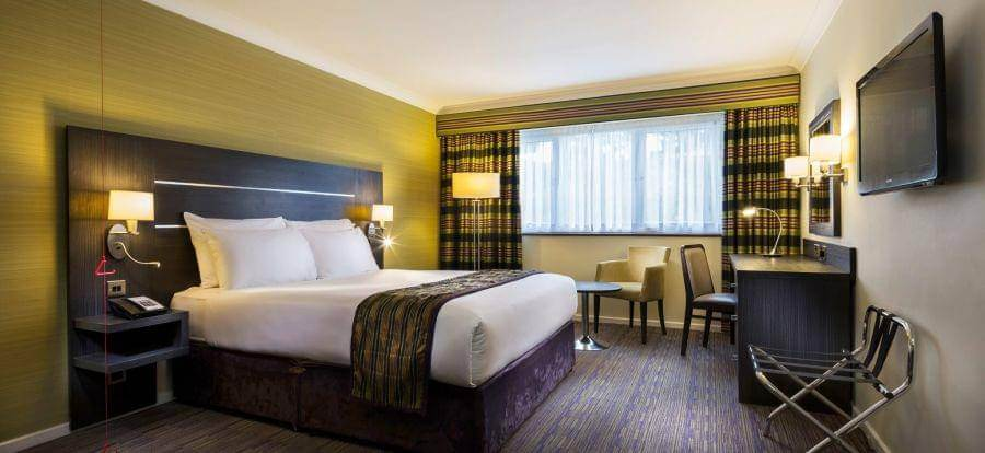 Holiday Inn Gatwick Worth Breakfast Package Double