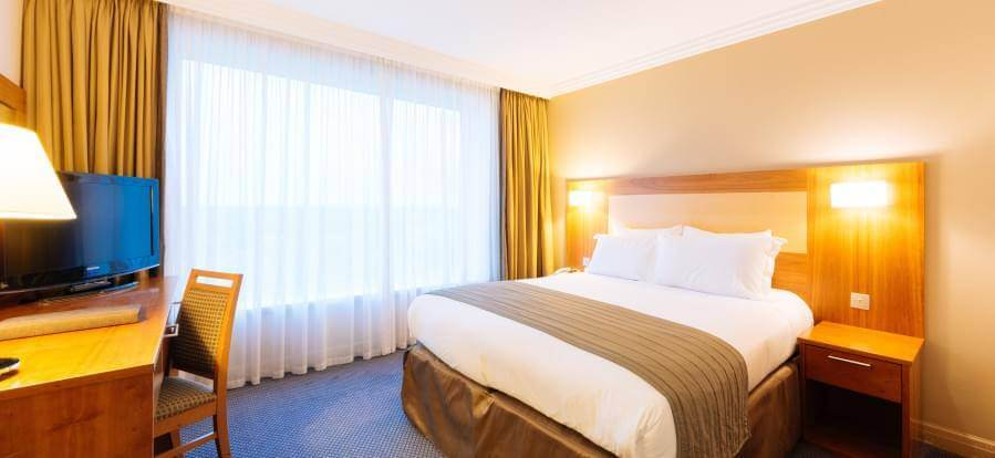 Sofitel London Gatwick Hotel Dinner Package Bedrooms 26(1)