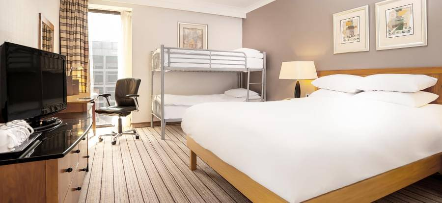 Hilton London Gatwick Airport Compact FM4
