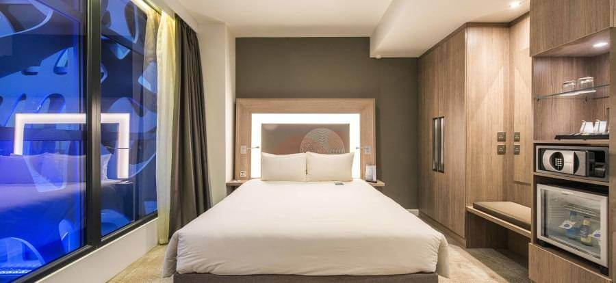 Novotel London Heathrow Airport T1, T2 & T3 Heathrow Airport EDS 1074