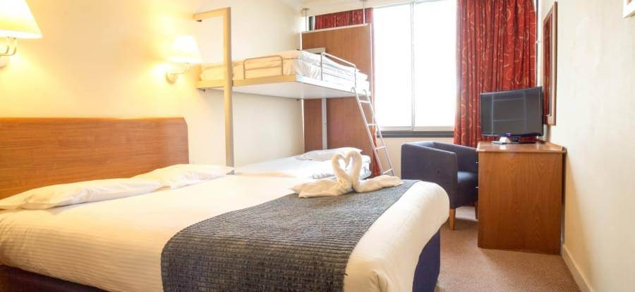 Airport Inn Gatwick Airport FM3 Bunks