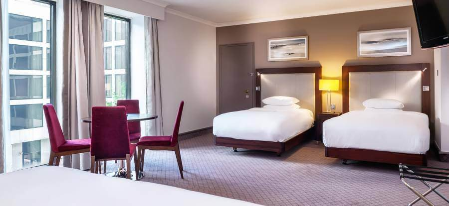 Hilton London Gatwick Airport FM4 Deluxe